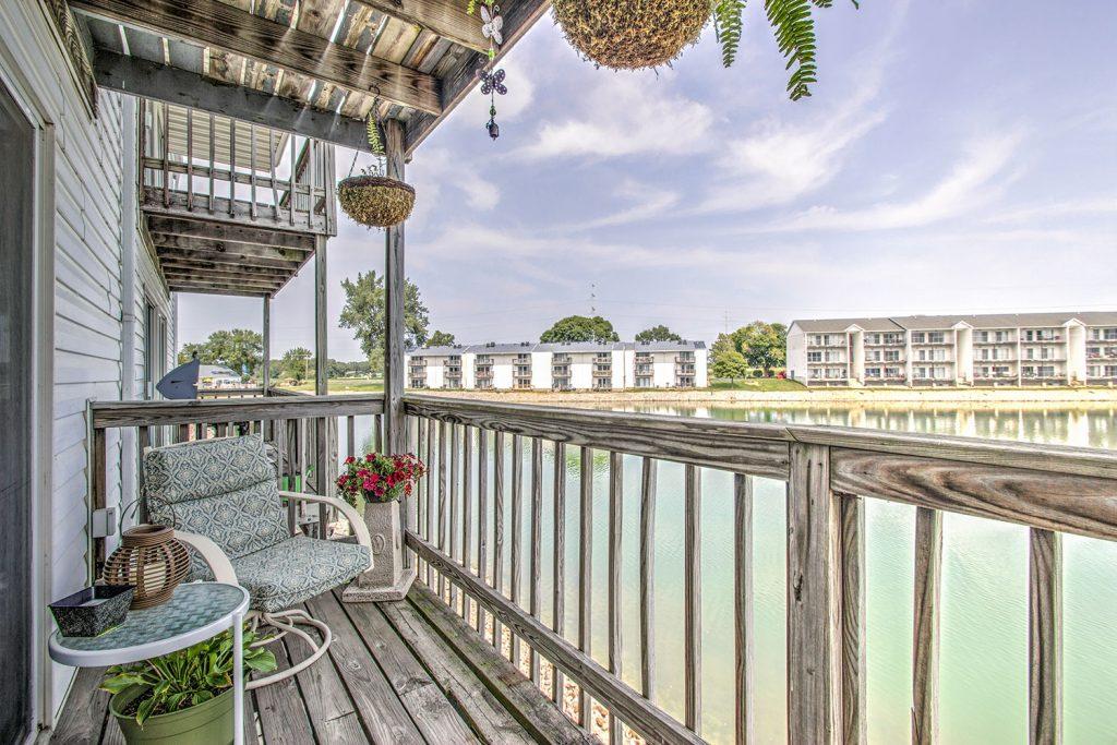 Apartments In Peoria Il 61550 Morton Cape Cod Village